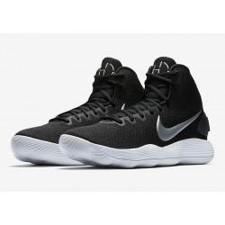 plus récent 4c125 41865 Chaussures Nike Hyperdunk noires